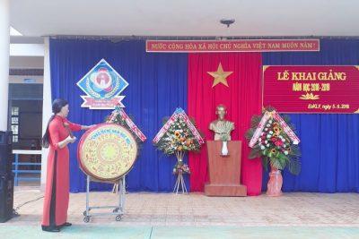 Lễ khai giảng của trường tiểu học Hoàng Hoa Thám. Năm học 2018 – 2019